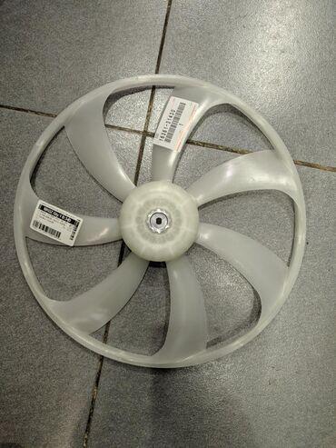 Правая лопасть вентилятора на Lexus IS250 GS350 GS450HYBRYD с 2013 по