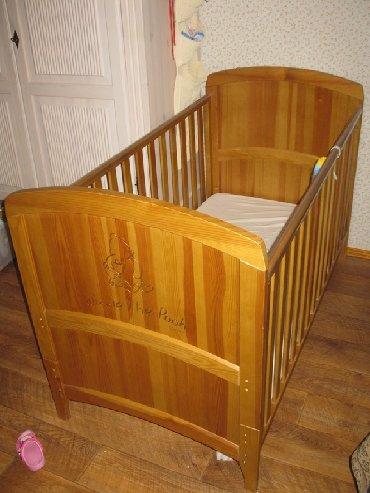 балка сосна в Азербайджан: Кровать изготовлена из массива сосны гравировка винни-пуха на спинке