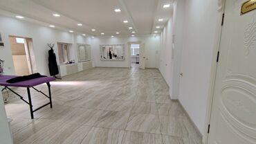 Коммерческая недвижимость - Кыргызстан: Сдаётся помещение под офис клинику, салон красоты . Помещение