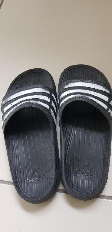 Adidas-papuce - Srbija: Adidas original papuce za decake, br 34/35, gaziste 21-22 cm