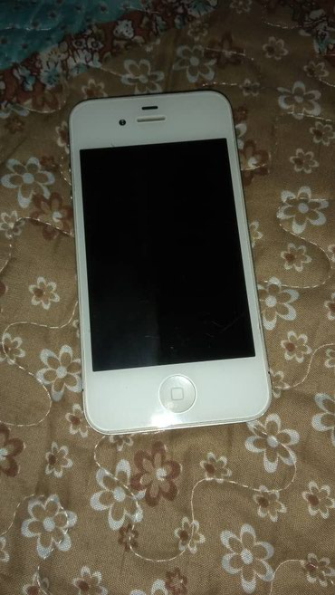 Продам Iphone 4 в белом цвете на 16 gb в Бишкек