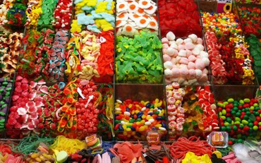 Продавец сладостей в Бишкек