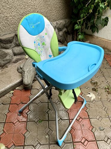 dverki dlja kuhonnoj mebeli в Кыргызстан: Детский столик для кормления. В хорошем состоянии.Удобный,надёжный