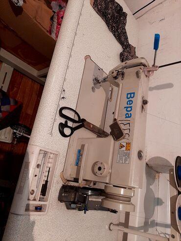 Электроника - Юрьевка: Продаю швейные машинки.Пользовалась 2 месяца.Состояние
