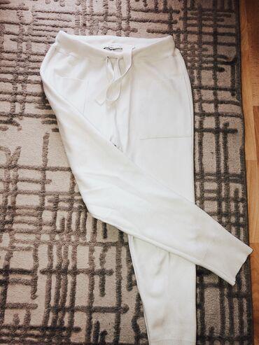 Pantalone uske - Srbija: Zara pamucne pantalonicejako kvalitetne