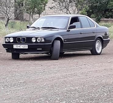 Gəncə şəhərində BMW 525 1991