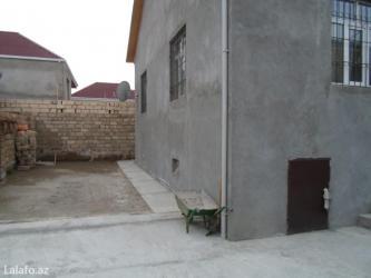 Bakı şəhərində Bineqedi qesebesinde Ev tecili olaraq satilir. Yeni temir olunmuw