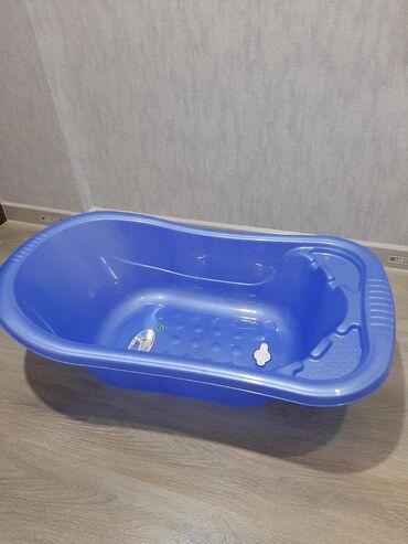 Ванна для купаниятурецкая, отличного качества, обьемная,с клапаном