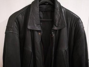 Velic-da - Srbija: Muska kozna jakna, velicina XXL. Crna, mekana koza, moze da se skupi u