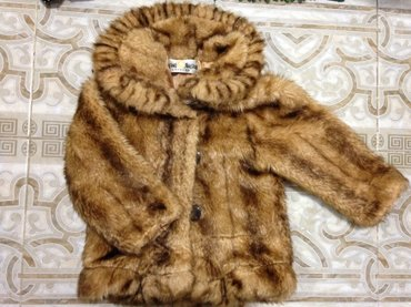 Шубка очень теплая на девочку 2-3 года  в Бишкек
