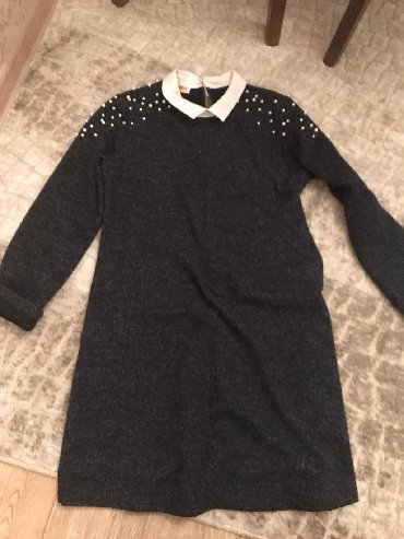 туника женская теплая в Кыргызстан: Тёплая туника. S размер . 150 сом. Цвет темно синий.воротник обманка