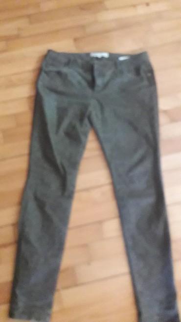 Pantalone zelene broj - Srbija: Maslinasto zelene 38 broj. nove