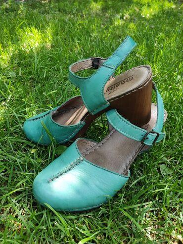 10561 объявлений: Туфли и босоножки в отличном состоянии! Есть совершенно новые!  Все ха