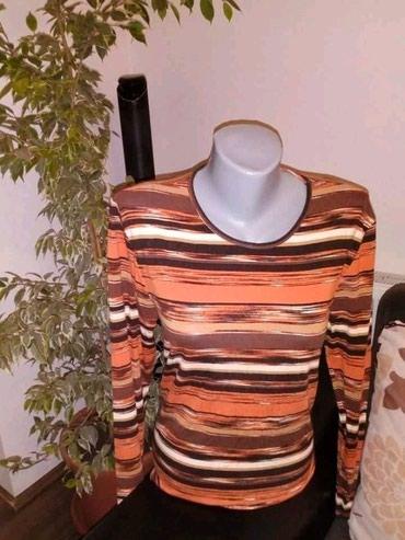Jesenja pamucna majica,lepo ocuvana,vel L/XL - Belgrade