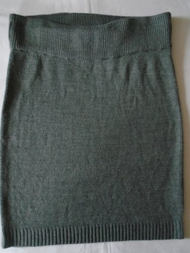 Siva zimska suknja Calliope od tanjeg, džemper- materijala, dublji i - Belgrade