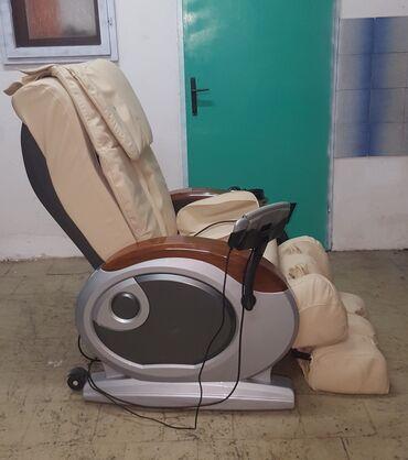Nameštaj - Kula: Masazna fotelja-luksuzna. Prelepa bež masazna kozna fotelja prava