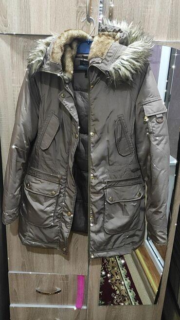 Куртки - Кыргызстан: Продаю куртку victoria's secret. Размер м. Цена . В отличном