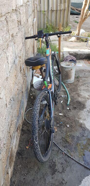 niva tekeri satilir - Azərbaycan: Arxa tekeri razvala gedesidi birde tormuzunu riqrofqa etmek lazimdi