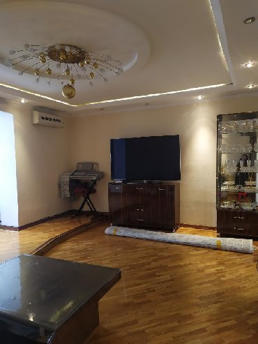 продам 1 ком квартиру в Кыргызстан: Продается квартира: 3 комнаты, 97 кв. м