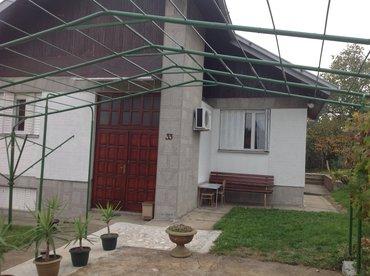 Prodajem kucu u bukovickoj banji -arandjelovac - Arandjelovac