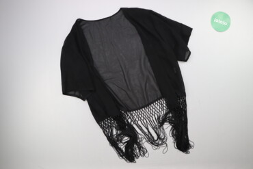 Жіноча накидка з декором р. М    Довжина: 73 см Ширина плечей: 43 см Д