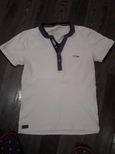 Muška odeća | Beocin: Muska majica vel M