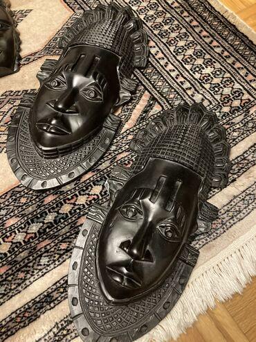Zenska decija - Srbija: Maske su iz Afrike, donete su iz Nigerije-Lagosa,idu u paruu pitanju