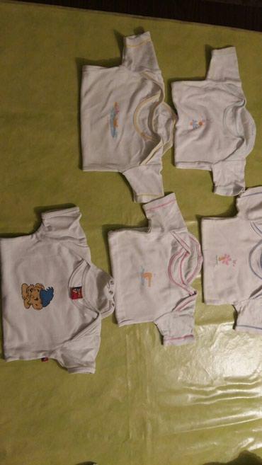 Bodici za bebe vel.74,polovni i ocuvani,svi na kratak rukav,5kom.za - Petrovac na Mlavi