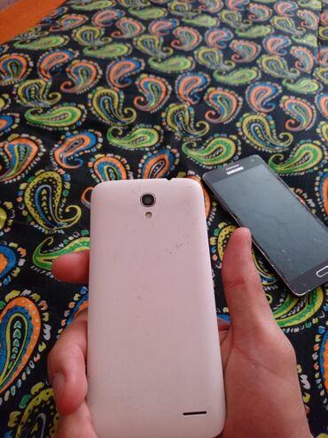 alcatel boom в Кыргызстан: Продаю 2 телефона на запчасти. sony d2105 e1 и Alcatel onetouch 5042d