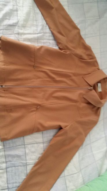 Zenski sako na rajsfešlus br.42(francuski brojevi)mozda je nošen - Petrovac na Mlavi