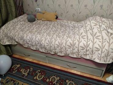 Подростковая кровать в очень хорошем состоянии 4000 сом в Бишкек