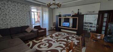 - Azərbaycan: Mənzil satılır: 3 otaqlı, 125 kv. m
