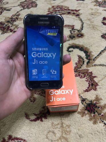 Б/у Samsung Galaxy J1 4 ГБ Синий