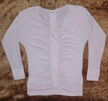 Ody bluza - Srbija: Predivna,jako kvalitetna,bluza predivnog dizajna.Izuzetne finoce