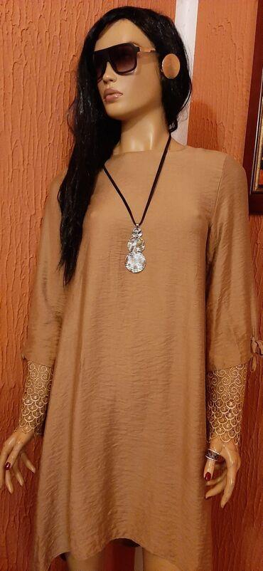 Divna haljina boje starog zlata sa cipkom na rukavima vel 40,nova