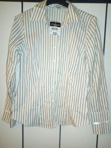 Nova košulja sa etiketom veličina 40/M - Pozarevac