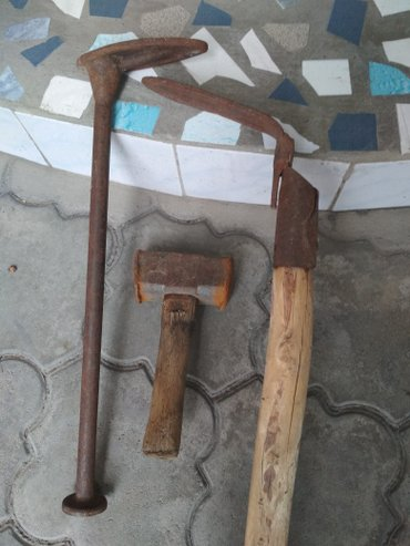 Продажа,  кувалда 700 сом лапки для ремонта обуви 300 сом в Бишкек