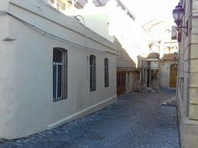 Bakı şəhərində 1-этажный частный дом в центре Ичери