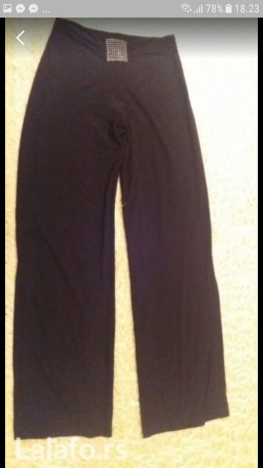 Elegantne crne pantalone,sa strane na nogavicama imaju mali slic,lepo - Belgrade
