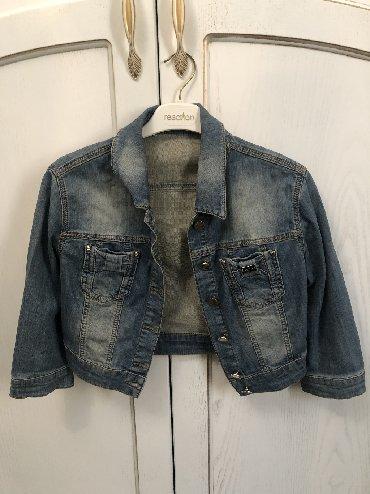 джинсова курточка в Кыргызстан: Джинсовая курточка. Турция. Размер m