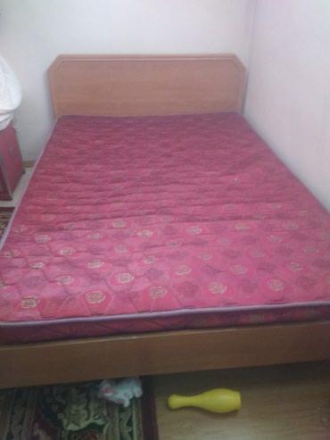 Кровать 2 хспальный в хорошем состоянии в Бишкек