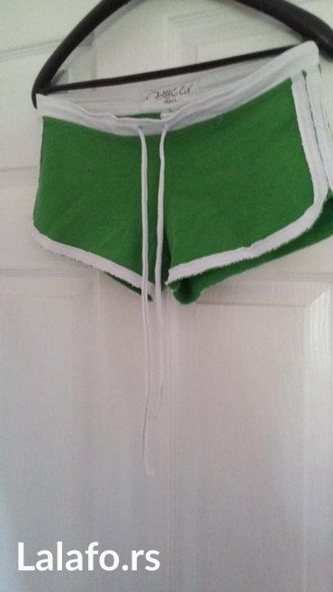 Sorc prelepe zelene boje s vel, kao nov - Trstenik