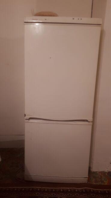 usaq ucun iki mertebeli kravat в Кыргызстан: Б/у Двухкамерный Белый холодильник