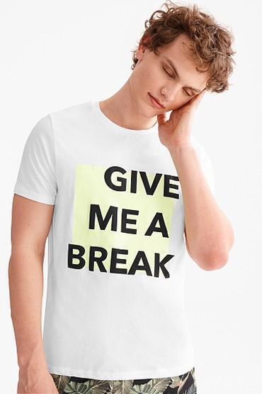 Clockhouse brendli tshirt Terkibi 100% pambiq.  Almaniya istehsali  Ol