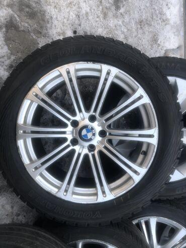 Конструкторы липучки - Кыргызстан: Продаю диски+шины комплект от //BMW X5-E53-E70 X6 X7 255/50 R19 Made i