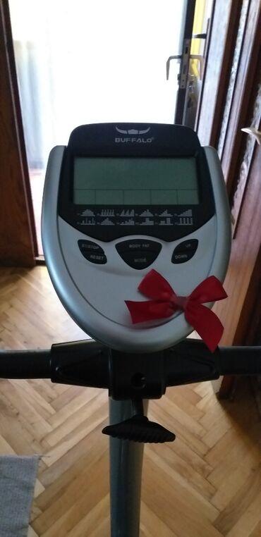 Sport i hobi - Smederevo: Sobni bicikl,u extra stanju,vrlo malo koriscen,sto se vidi na