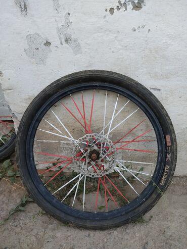 BMW в Бишкек: Меняю оригинальные колеса ( скоростные) 24-размер на колеса от MTB-24