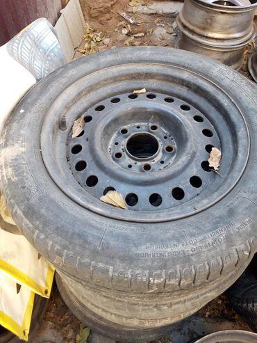 летние шины бу в Кыргызстан: Штампованные диски р15 на BMW E34 с шинами летний