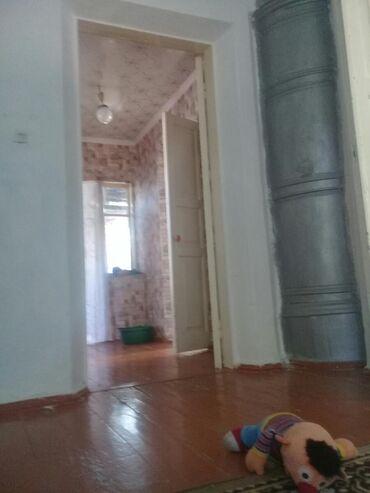 Срочна продаю дом 5 комнат в карабалте тл сарай участок 8 сотак