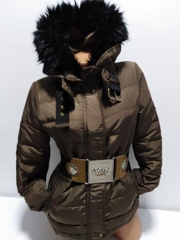 Lep jako model - Srbija: ZARA BASIC vrhunska perjana duža jakna sa velikom kapuljačom,prelep